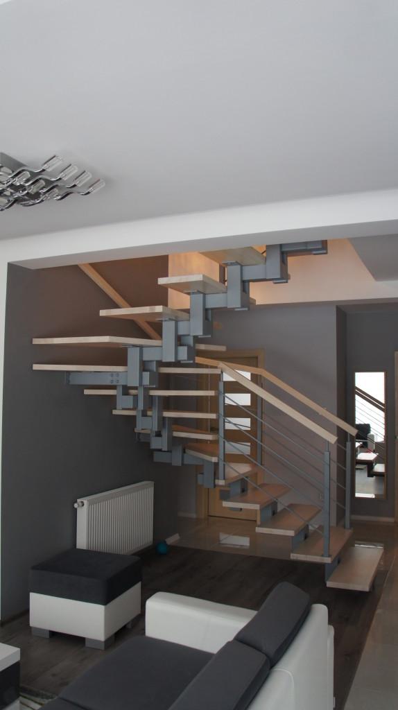 Schody konstrukcyjne stalowe