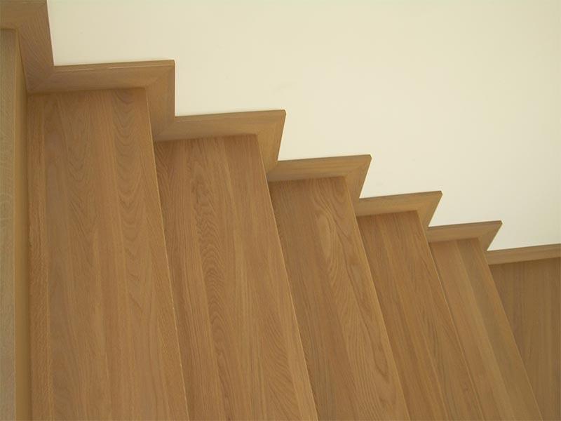 Drewno dębowe bejcowane bejcą firmy ADLER