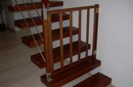 Bramka zabezpieczająca przed wchodzeniem dzieci na schody Rzeszów