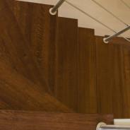 Balustrada ze stali nierdzewnej z drewnianym pochwytem Rzeszow